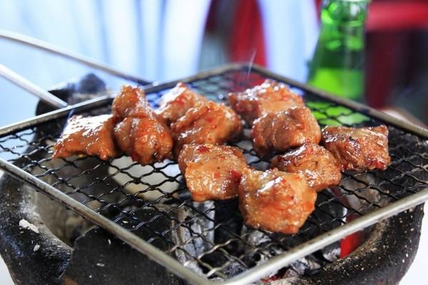 Bò nướng lụi - Du lịch Nha Trang 3 ngày 2 đêm