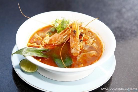 soup tom chua cay cua thai