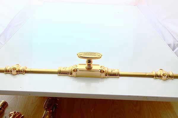 Clemon (cremone) đồng cửa đi vàng 24K 3