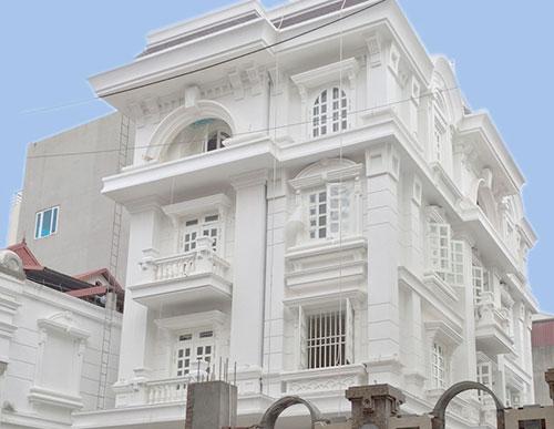 Biệt thự trên mặt phố Trần Quốc Toản ngay trong Thành phố Lạng Sơn với trúc ngoại thất biệt thự khoác trên mình gam màu trắng tinh khôi