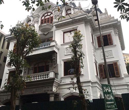 Biệt thự kiểu Pháp 2 mặt tiền tinh tế tại Hà Nội - Cận cảnh vẻ đẹp đầy nghệ thuật