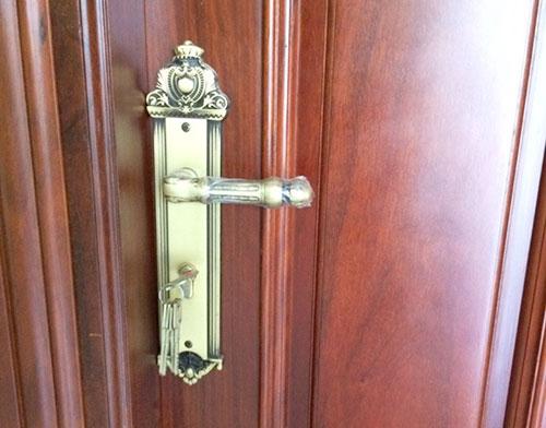 Khoá đồng rêu nguyên bộ và bộ lên cửa