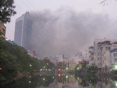 Tòa tháp đôi EVN gặp sự cố hỏa hoạn trong quá trình thi công.