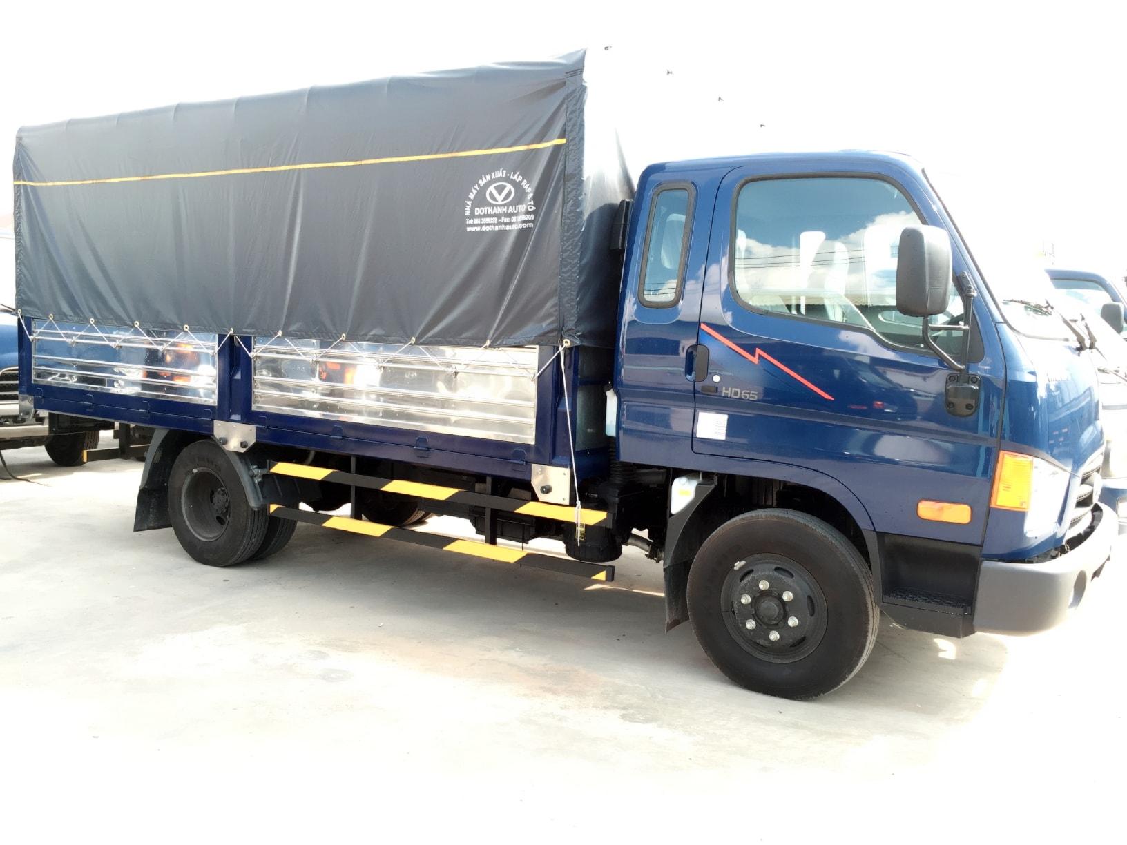 thùng bạt xe hyundai hd120s 8 tấn đô thành