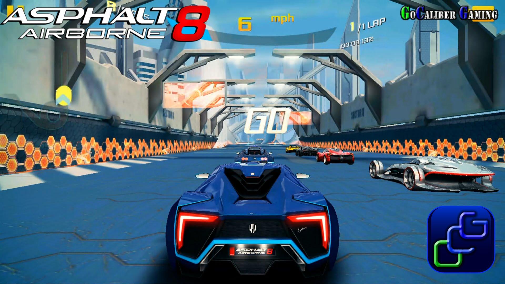 Asphalt 8 đồng thời còn được nâng cấp, liên tục cập nhật các đường đua mới,  Event và còn có thể thi đấu online giữa các người chơi.