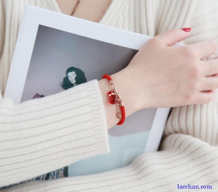 Lắc tay đỏ túi tiền-02