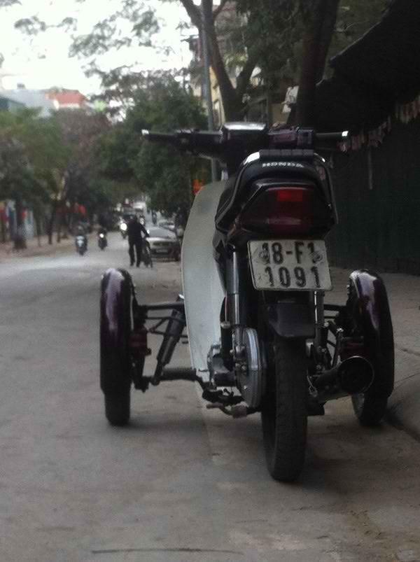 Xe ba bánh dành cho người khuyết tật