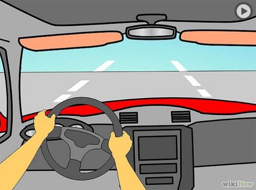 4. Sau khi cho xe lăn bánh, điều chỉnh chân ga hợp lý cho xe đi nhanh chậm tùy đoạn đường