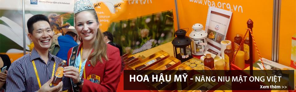 Hoa hậu Mỹ - Nâng niu mật ong Việt Nam