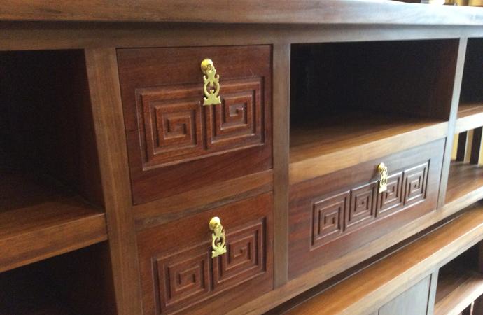 kệ ti vi gỗ gụ phong cách prand bois
