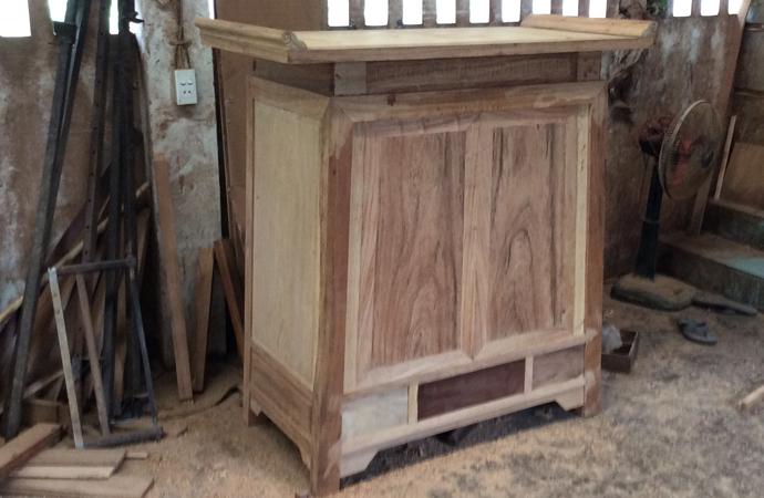 bàn thờ gỗ gụ hiện đại