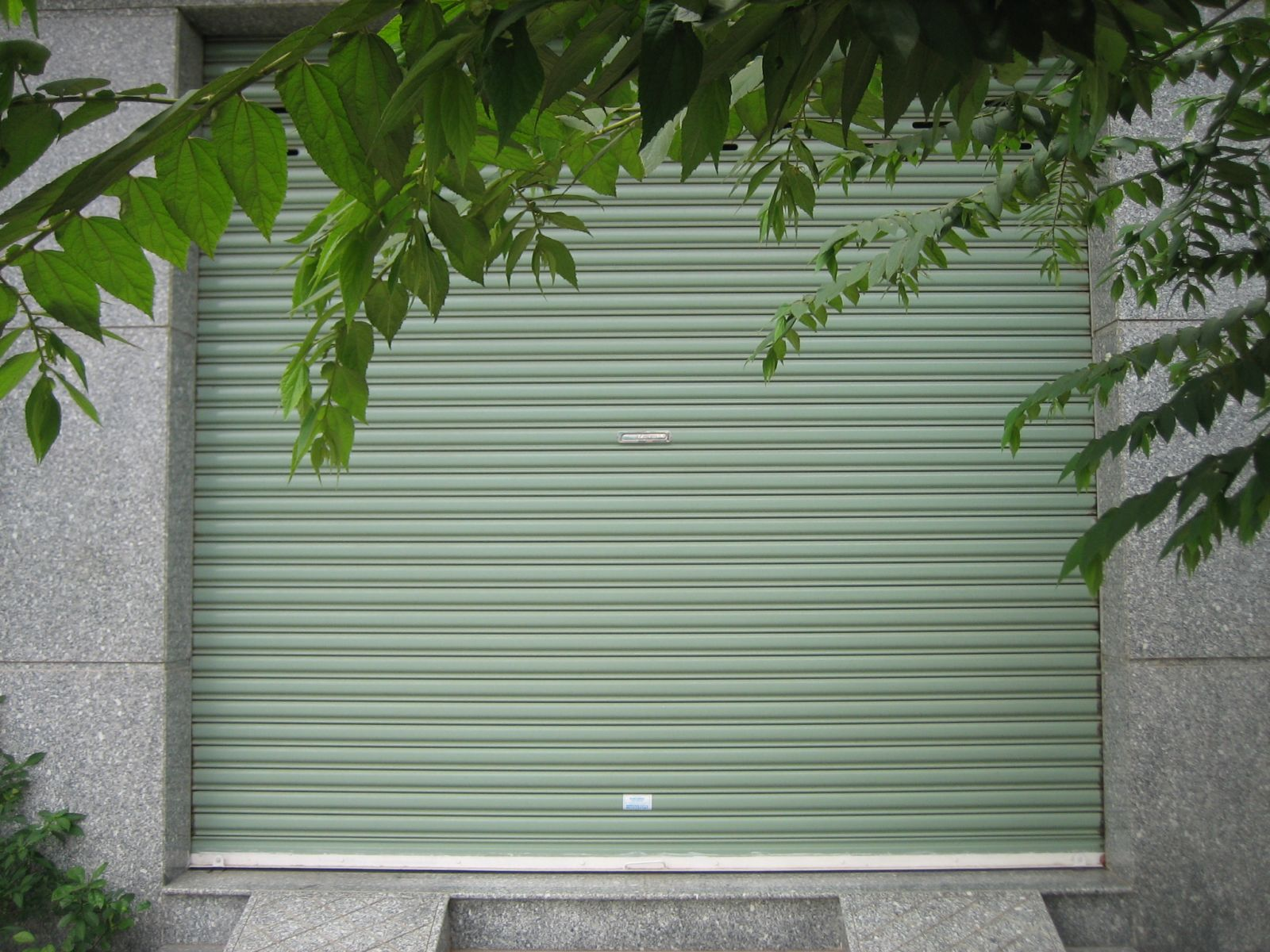 cửa cuốn lá Tole Đài Loan