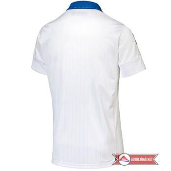 mặt sau áo đội tuyển ý sân khách 2015 - 2016