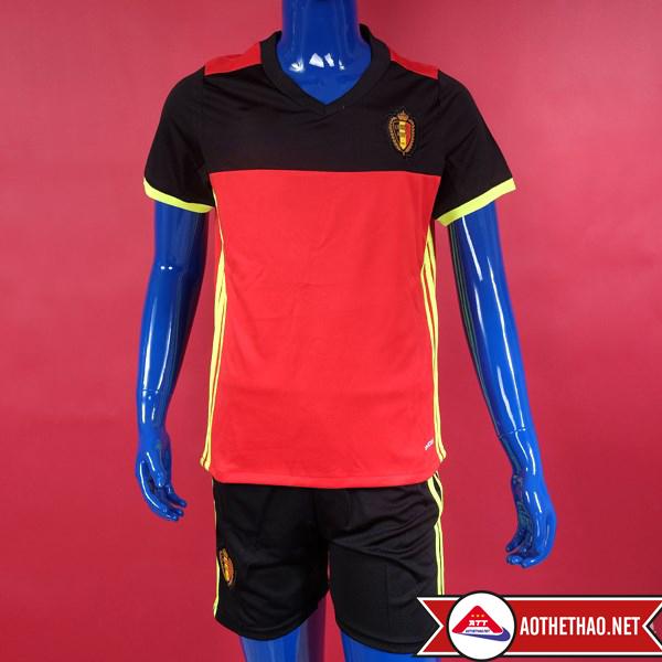 Mặt trước và mặt sau áo đội tuyển quốc gia bỉ Euro 2016