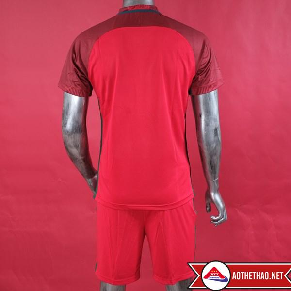 mặt sau áo bóng đá bồ đào nha đỏ