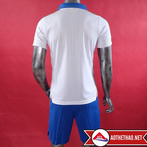 Mặt sau áo bóng đá đội tuyển quốc gia ý sân khách
