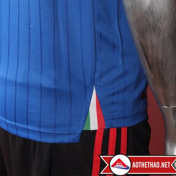 vạt đuôi áo bóng đá đội tuyển quốc gia ý Euro 2016 sân nhà tại aothethao.net