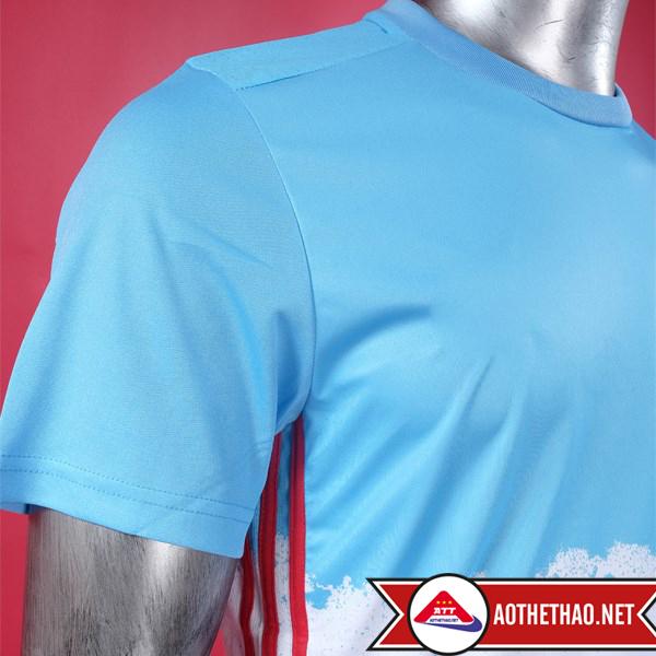 ngực áo đá bóng đội tuyển Nga