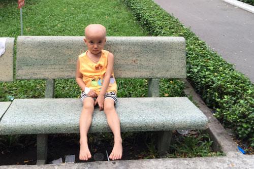 từ thiện, bé bệnh ung thư được cứu sống
