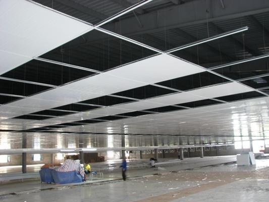 trần panel tôn xốp