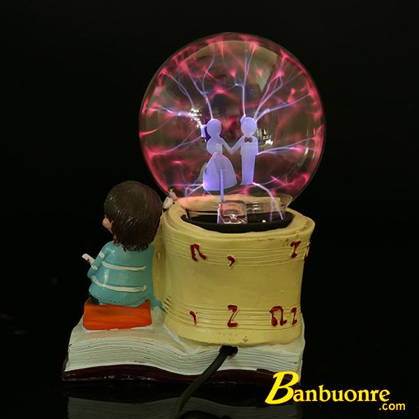 quả cầu plasma trai gái rất lãng mạn