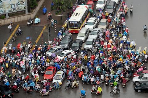 Tình trạng ách tắc giao thông khi chuyển nhà