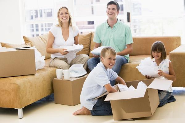 Hình ảnh xắp xếp đóng gói khi chuyển nhà