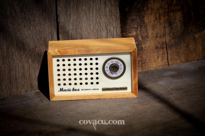 Hộp âm nhạc radio