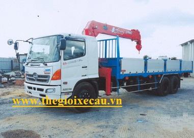 Xe tải Hino FL8JTSL gắn cẩu Unic 3 tấn 6 đốt UR-V506