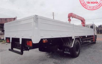 Xe tải gắn cẩu 3 tấn- Hino FG8JPSL gắn cẩu Unic Urv504