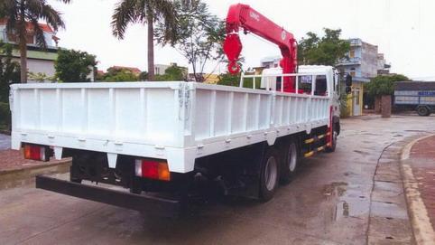 Xe tải HD210 gắn cẩu 3 tấn