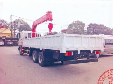 Xe tải gắn cẩu 4 tấn- Hyundai HD210 gắn cẩu Unic Urv546