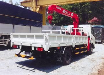 Xe tải gắn cẩu 3 tấn- Hino XZU720 gắn cẩu Unic Ur-v343