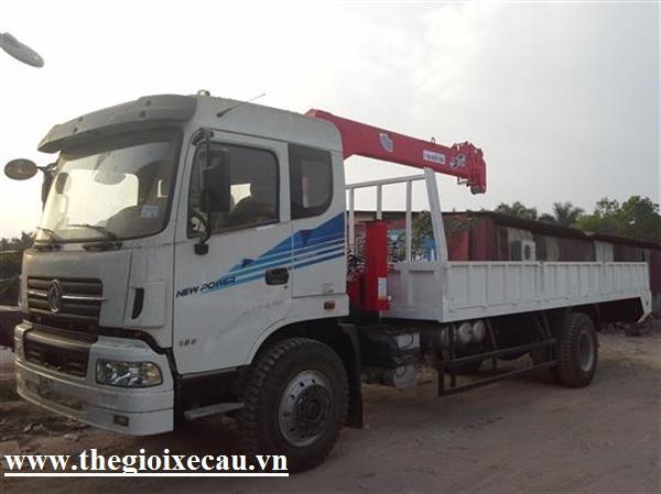 Xe tải Dongfeng gắn cẩu 10 tấn