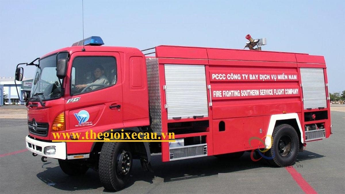 Xe cứu hỏa 6 khối Hino