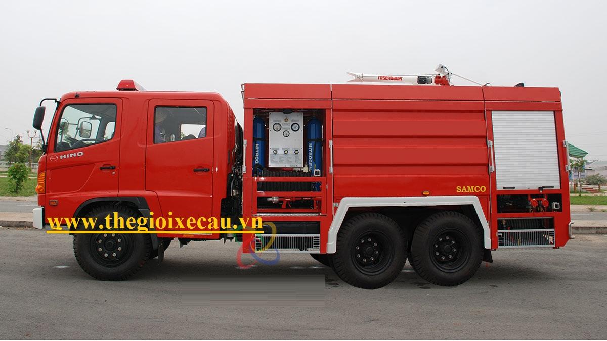 Xe Hino cứu hỏa 12 khối