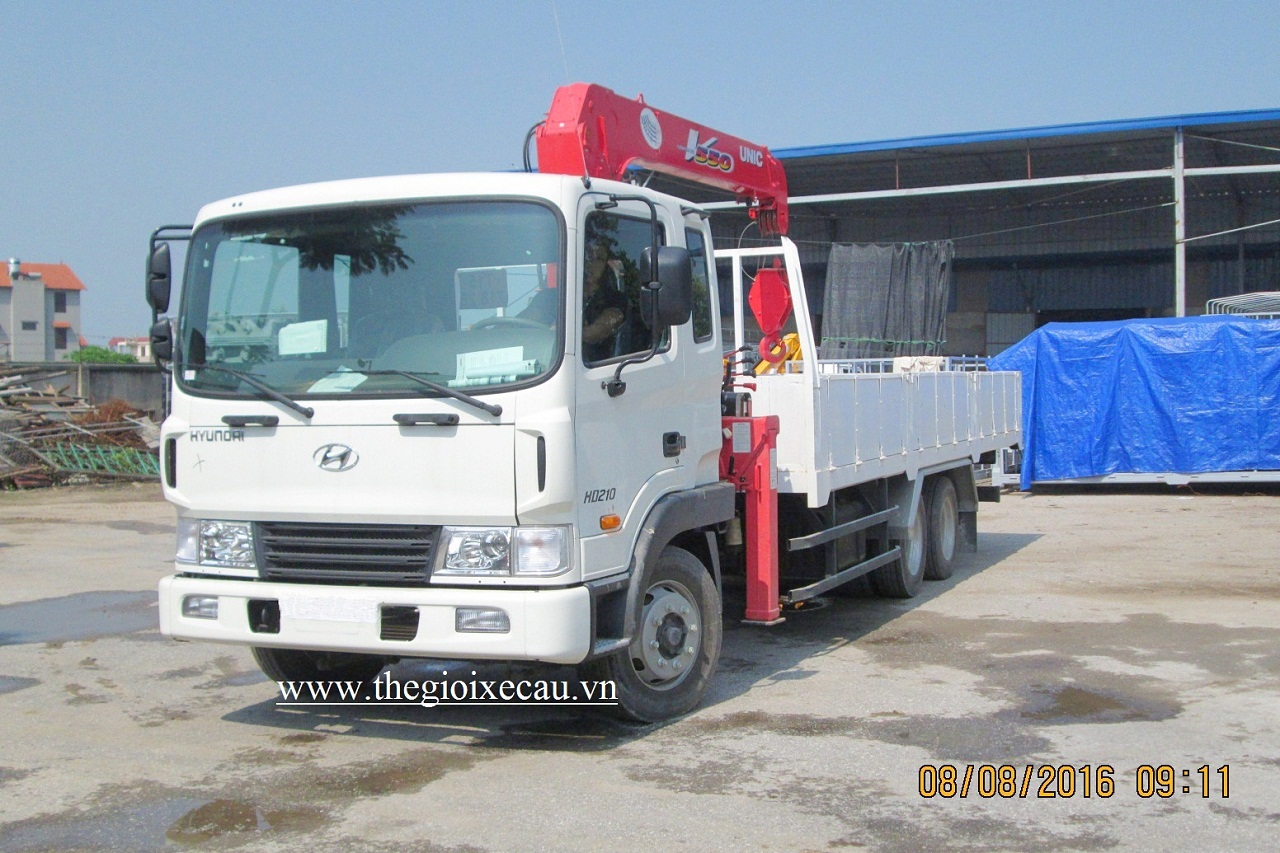 Hyundai HD210- Unic Urv555