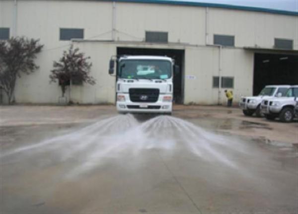 Xe rửa đường Hyundai 5 khối