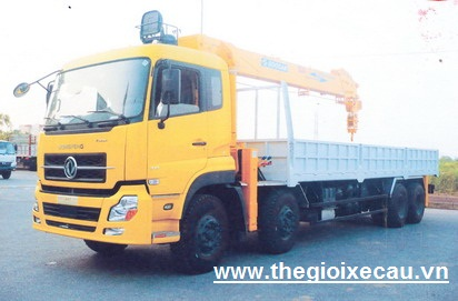 Xe tải Dongfeng 8x4 gắn cẩu Soosang 10 tấn