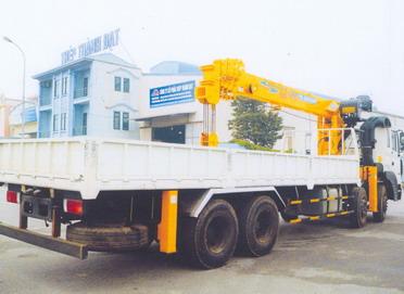 Xe cẩu tự hành 10 tấn Hyundai-Soosan