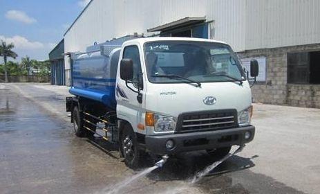 Xe rửa đường Hyundai