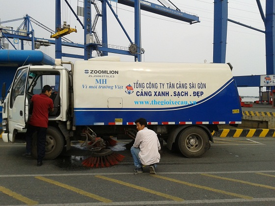 Xe quét 5 khối khai thác tại Tân Cảng