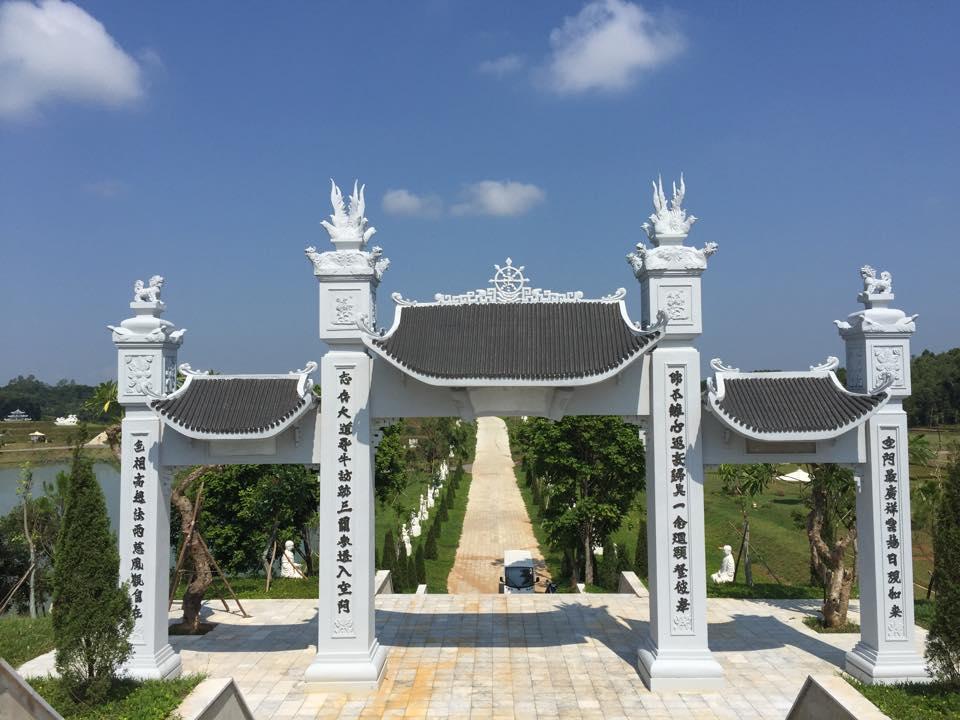 Cổng Chùa Thiên Long - Thiên Đức