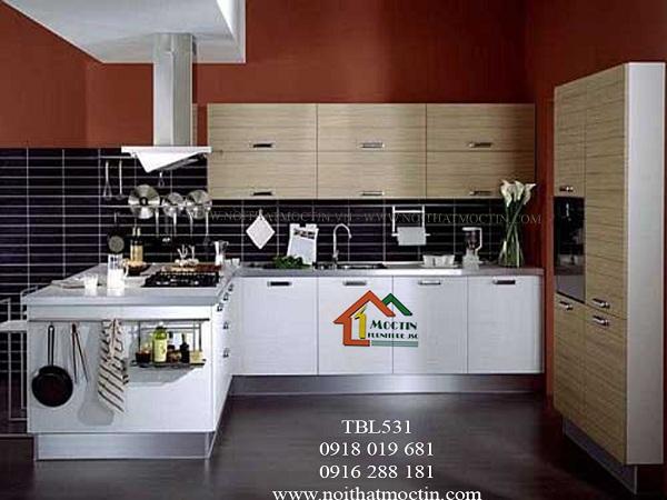 Tủ bếp laminate An cường kết hợp vân gỗ và màu trắng