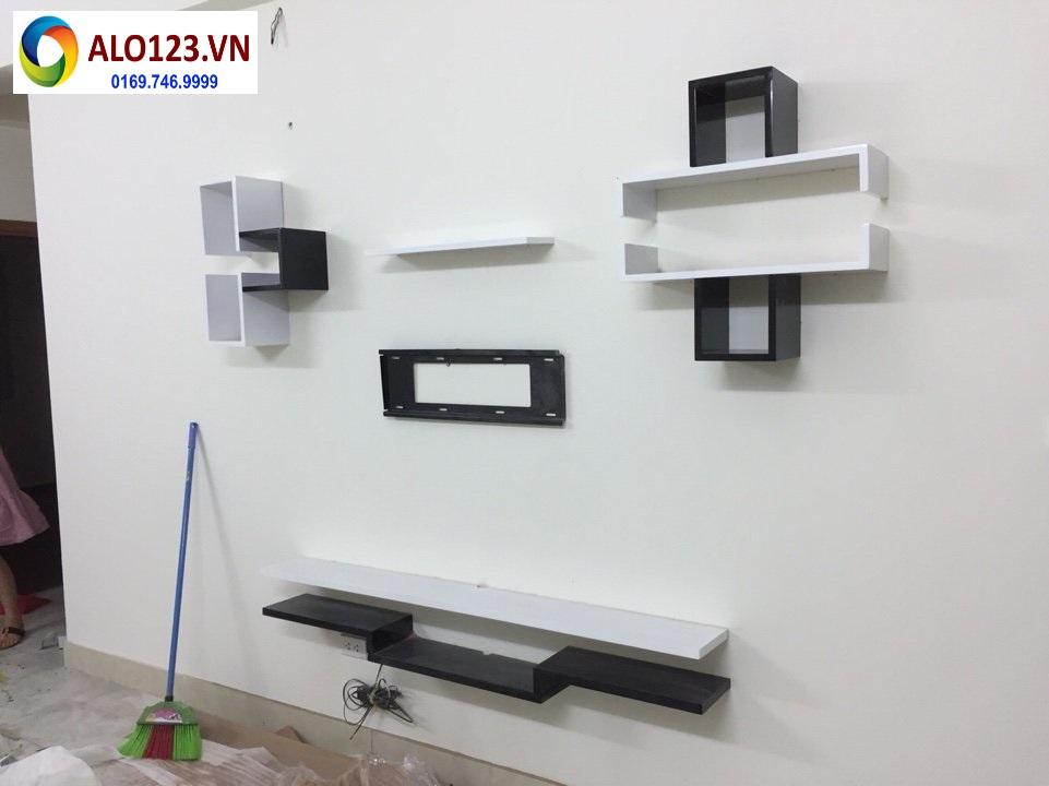 Kệ tivi treo tường