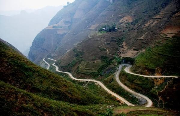 Đường đèo dốc nguy hiểm, đèo Thung Khe, đèo dốc Mai Châu Hòa Bình