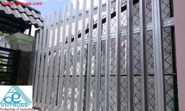 hàng rào trang trí bằng thép mạ nhôm kẽm vntruss