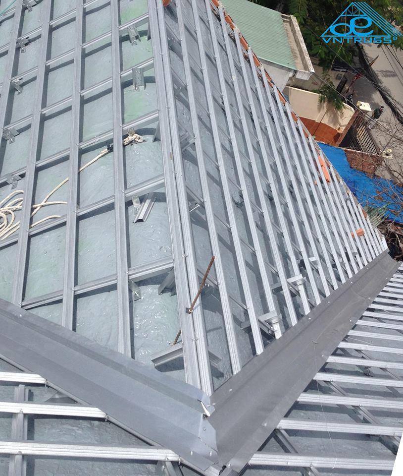 Khung kèo thép VNTRUSS - mái bê tông lợp ngói hcm