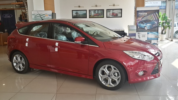 ford focus 2014 than xe FOCUS 1.6L 5 Cửa Trend 6PS