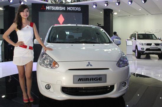 Mitsubishi-mirage-mau-trang